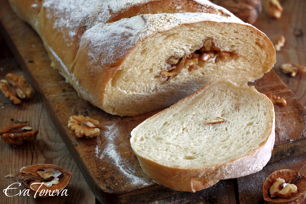 Walnut bread1