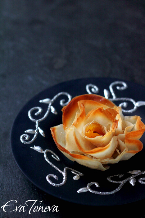 phyllo_roses