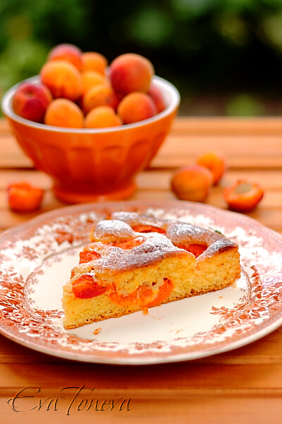 quick_cake_with_apricots