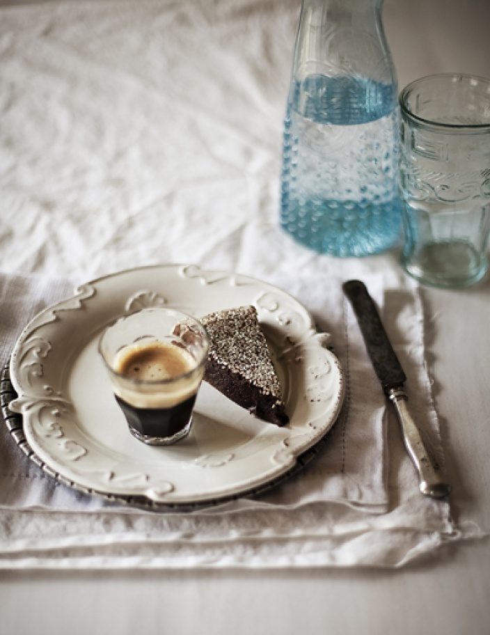 Chocolate and sesame cake