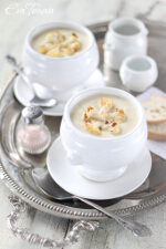 Cauliflower cream soup small