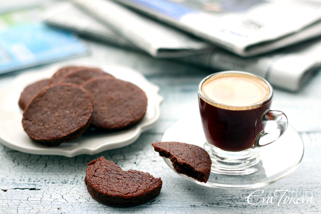 Chocolate and coffee vegan biscuits1
