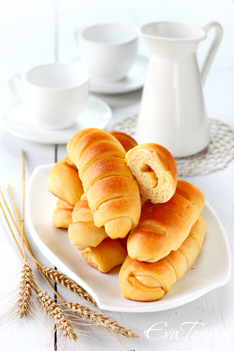 Sour_cream_cheese_rolls