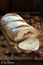 Walnut bread small